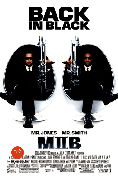 دانلود فیلم Men in Black II 2002    Barry Sonnenfeld